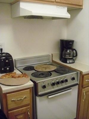 kitchen_R.jpg